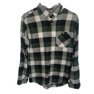 Eddie Bauer Men's Cotton Flannel Classic Fit Shirt